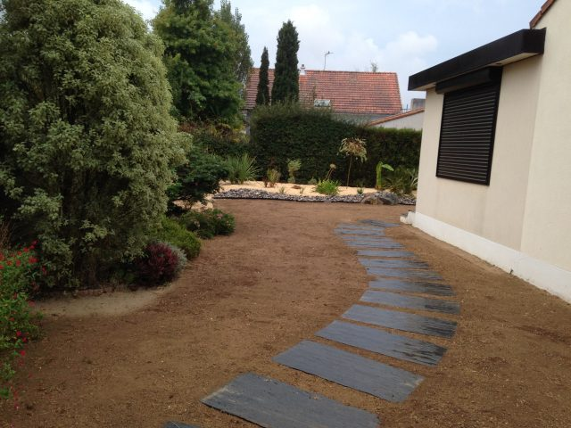 Entretien de jardins et espaces verts ets renaud for Entretien des jardins et espaces verts